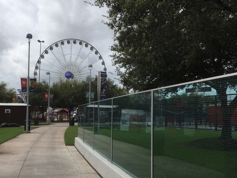 Le Grande XL ferris wheel at Houston Livestock Show and Rodeo midway carnival