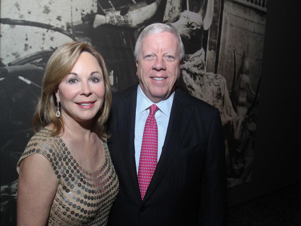 News_King Tut_premiere_October 2011_Nancy Kinder_Richard Kinder