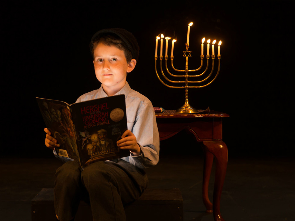 Amphibian Stage Productions presents Hershel and the Hanukkah Goblins