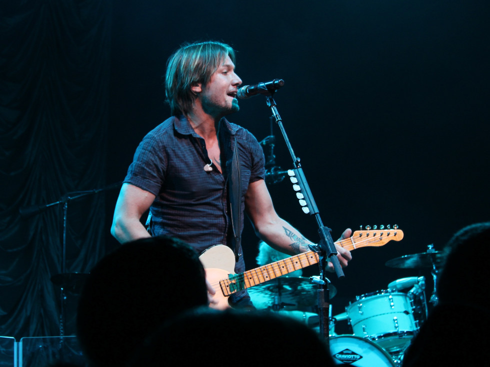 Austin Photo Set: News_Meredith_Keith Urban concert_feb 2012_concert
