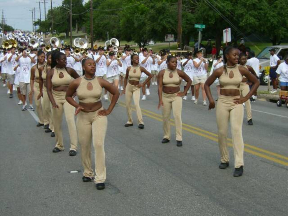 dancers in parade for Central Texas Juneteenth Celebration