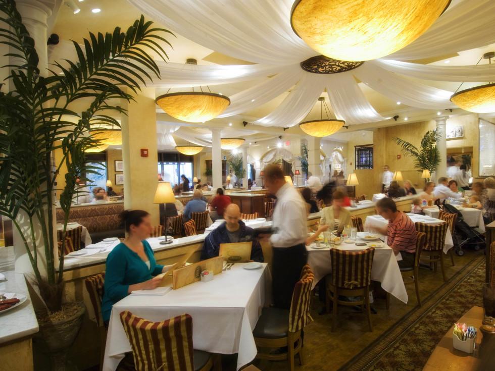 Brio, restaurant, Kirby Drive
