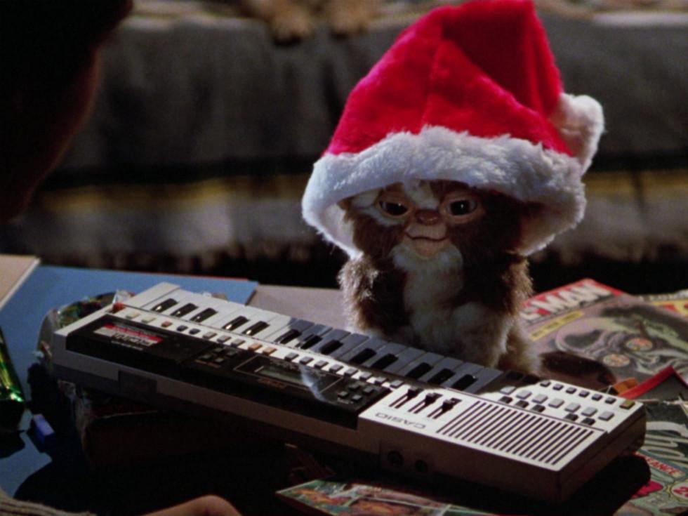 Gremlins_Gizmo_Christmas_Santa hat