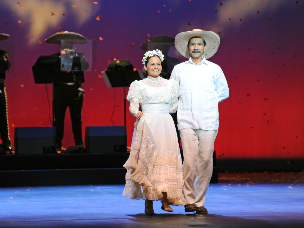 Fort Worth Opera Festival presents Cruzar la Cara de la Luna