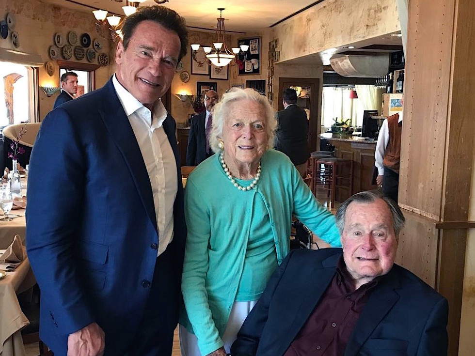 Houston_Marcy_Arnold Schwarzenegger, with George and Barbara Bush at Arcodoro