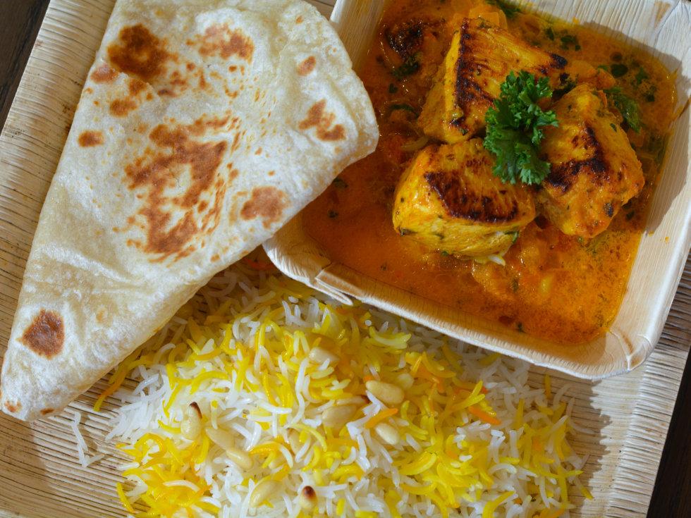 8 Cloves Chicken Tikka Masala