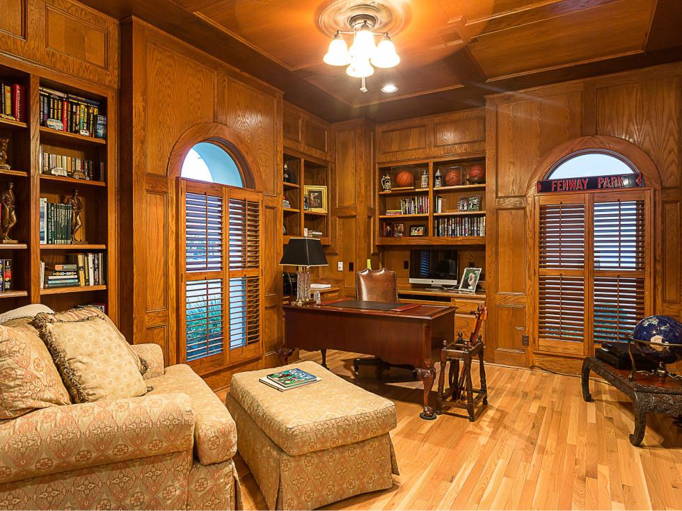 6603 Courtyard Austin house for sale study