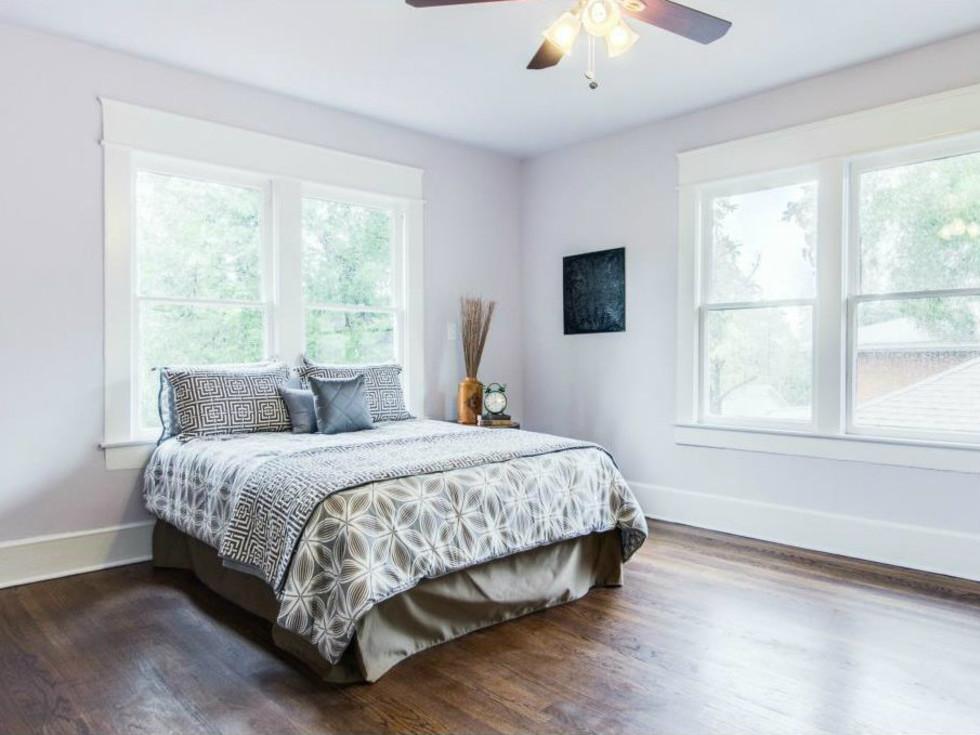 Winnetka Heights Home for Sale