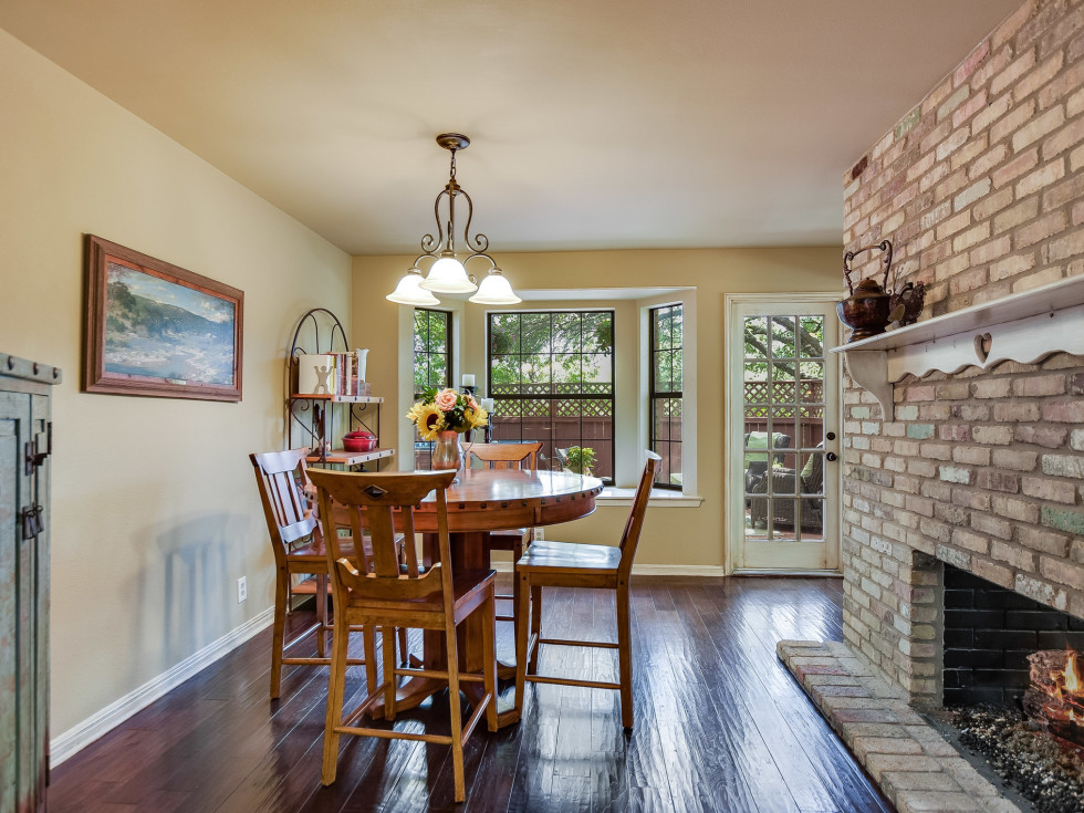 4407 Canyonside Austin home for sale dining room