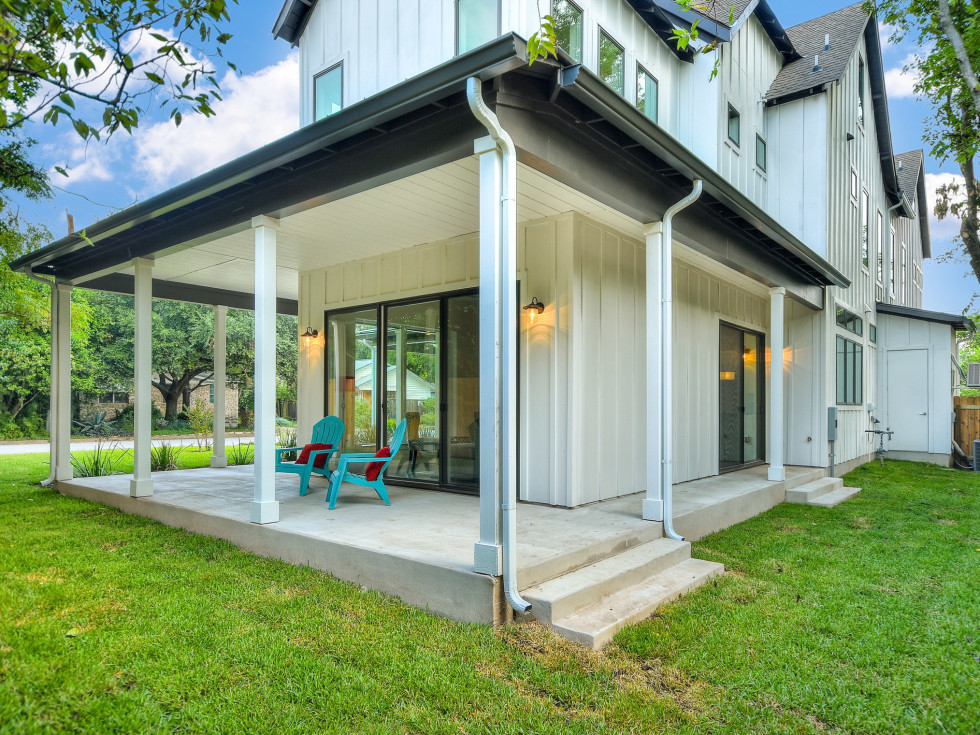 1919 Madison Austin house for sale porch
