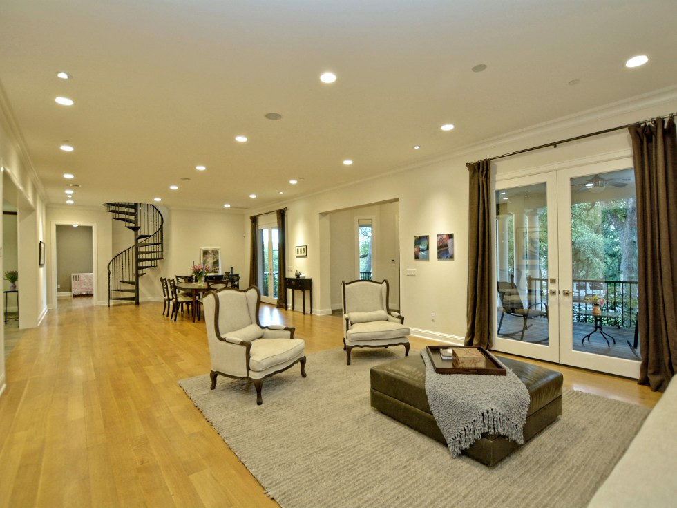 400 Almarian Austin house for sale great room