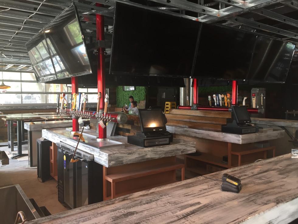 Pub Fiction bar