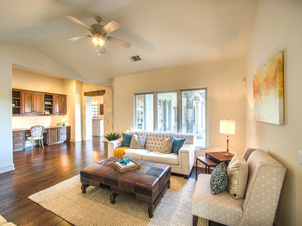 3620 Ranch Creek house for sale living room
