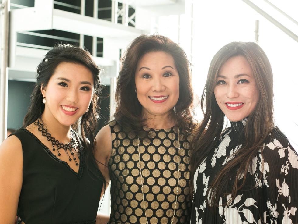 CKW Luxe Star Awards 6/16 Gina Li, Betty Gee, Leona Chen
