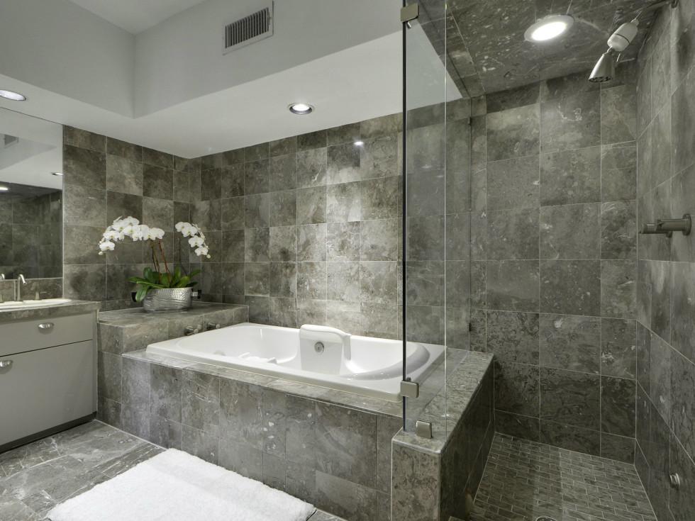 2329 Westlake Austin house for sale bathroom