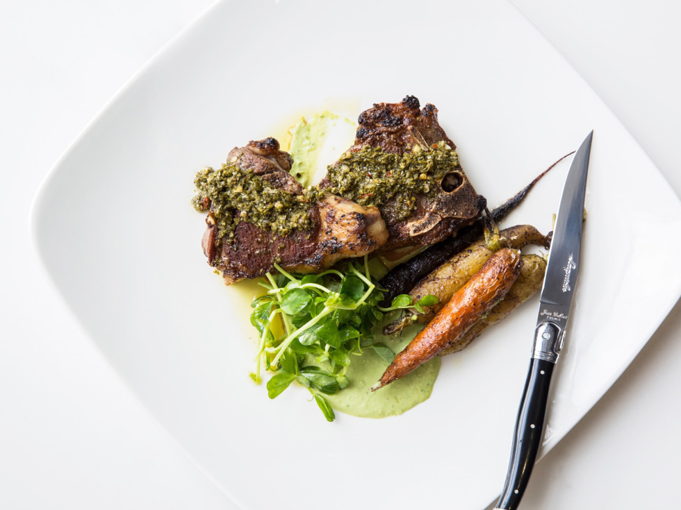 51Fifteen lamb t bone