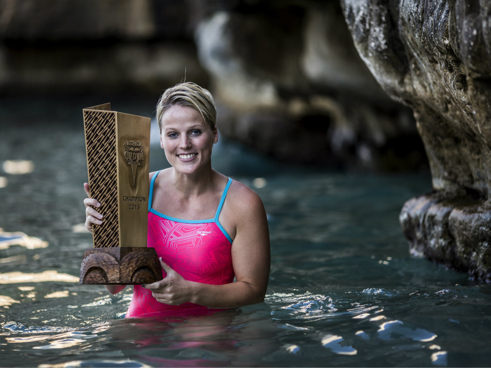 Rachelle Simpson Red Bull Cliff Diving