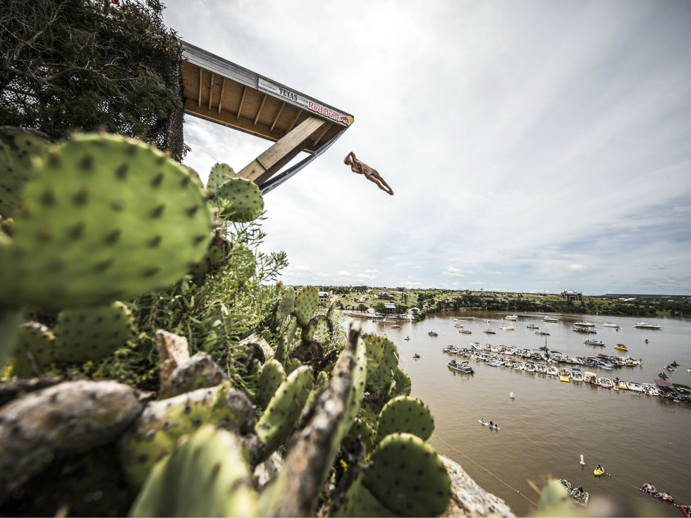 Gary Hunt Red Bull Cliff Diving