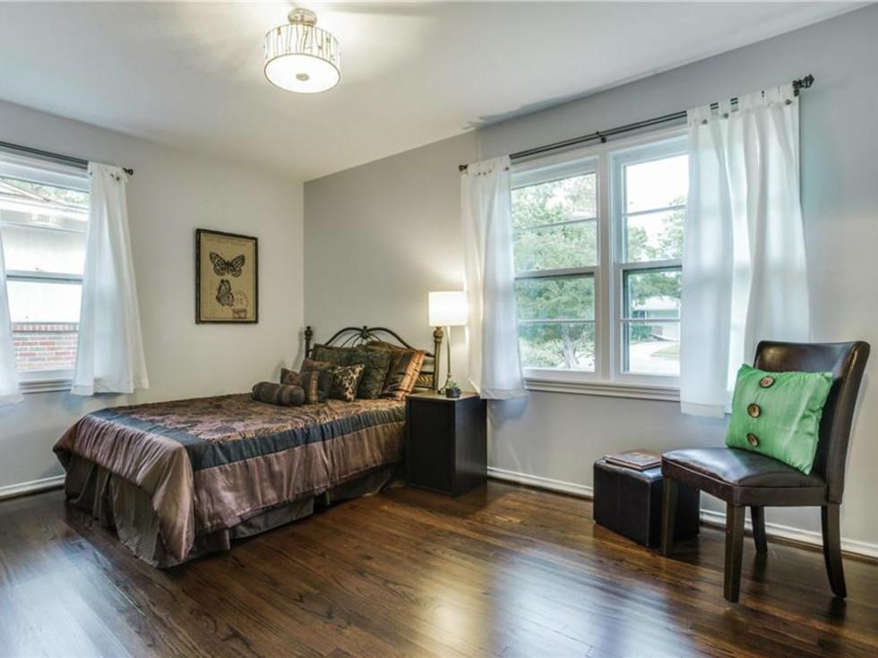 Bedroom at 11207 Sinclair Ave in Dallas