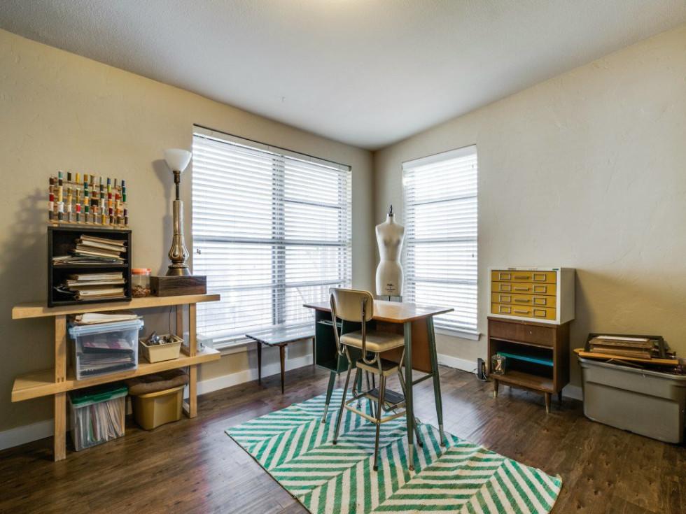 Dallas, home for sale, 936 peavy road, office