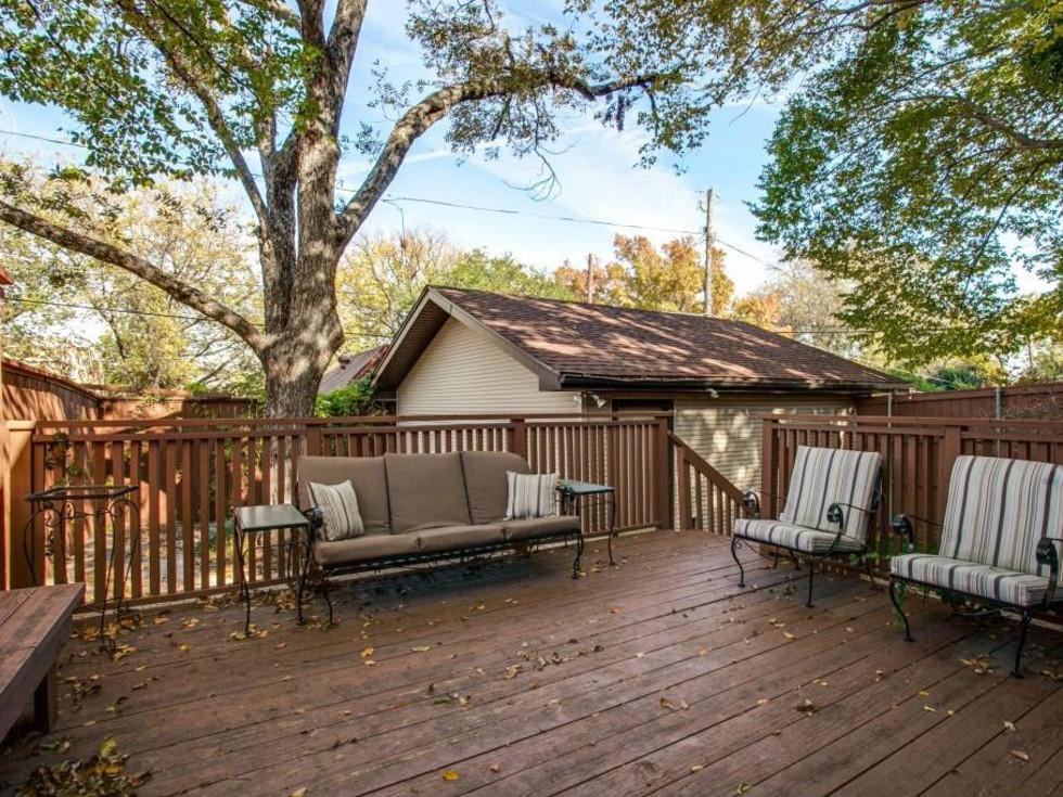 522 Monte Vista backyard