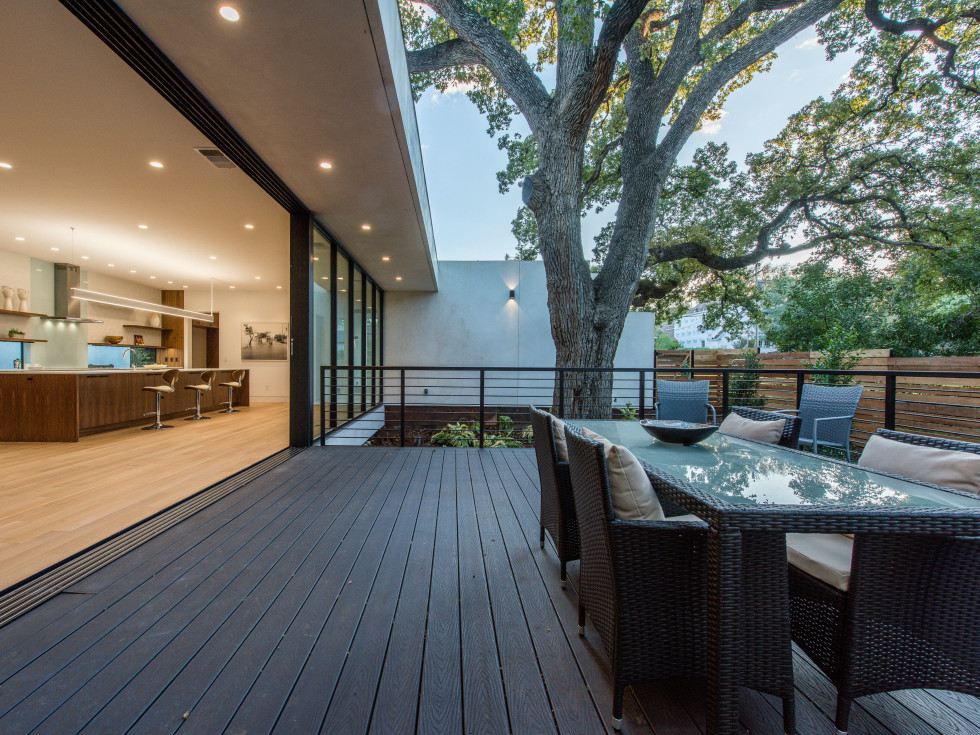 2708 Townes Lane home for sale Austin outdoor entertaining