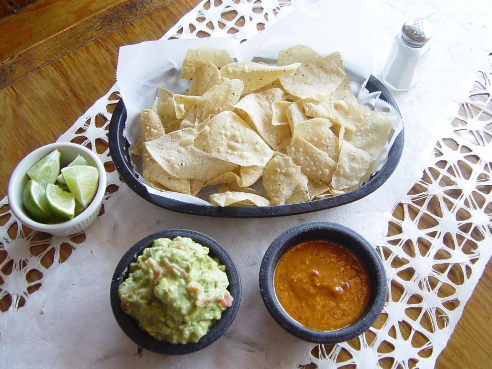 Guajillos San Antonio Mexican Food chips and salsa