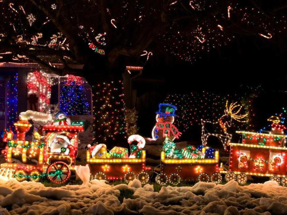 San Antonio Christmas Light Fest Don Strange Ranch Santa train