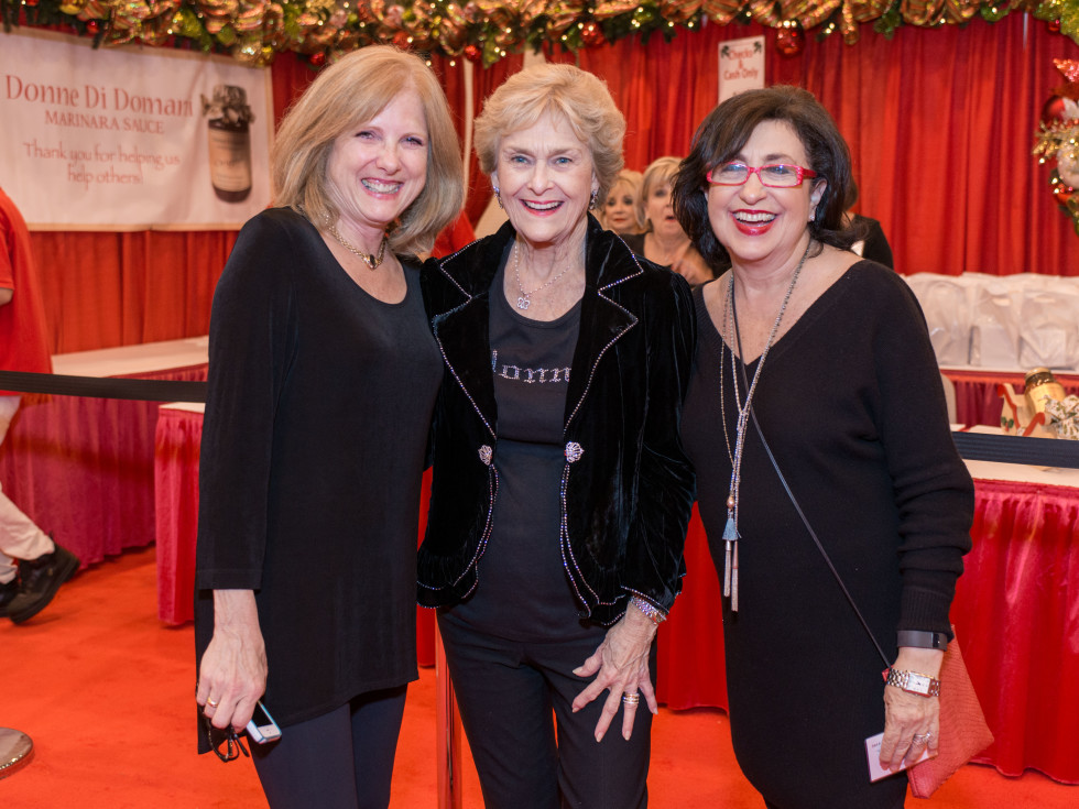 News, Shelby, Nutcracker Market, Nov. 2015, Debbie Aspromonte Simon, Annette Strake, Roz Pactor