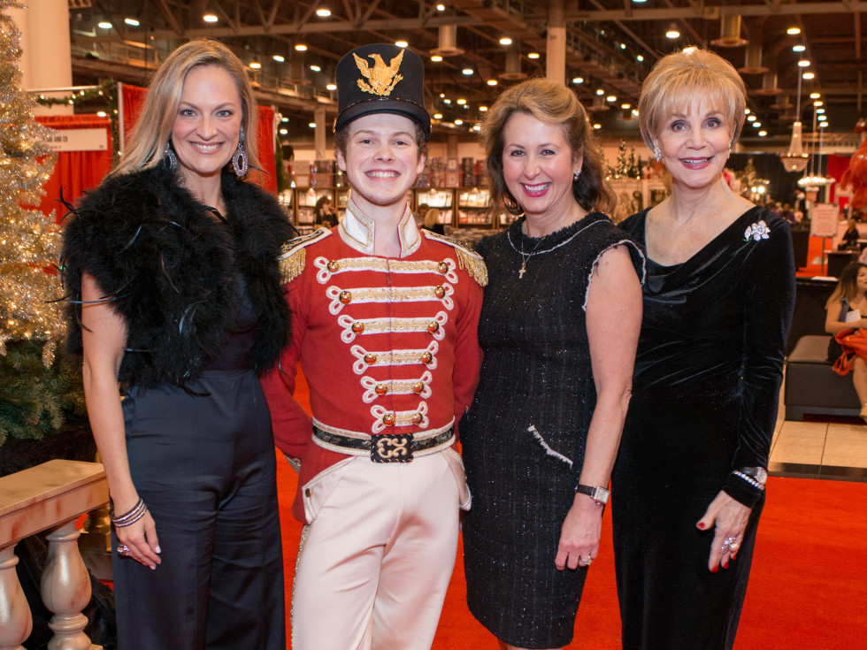 News, Shelby, Nutcracker Market, Nov. 2015, rachel Regan, Ileana Trevino, Leisa Holland-Nelson