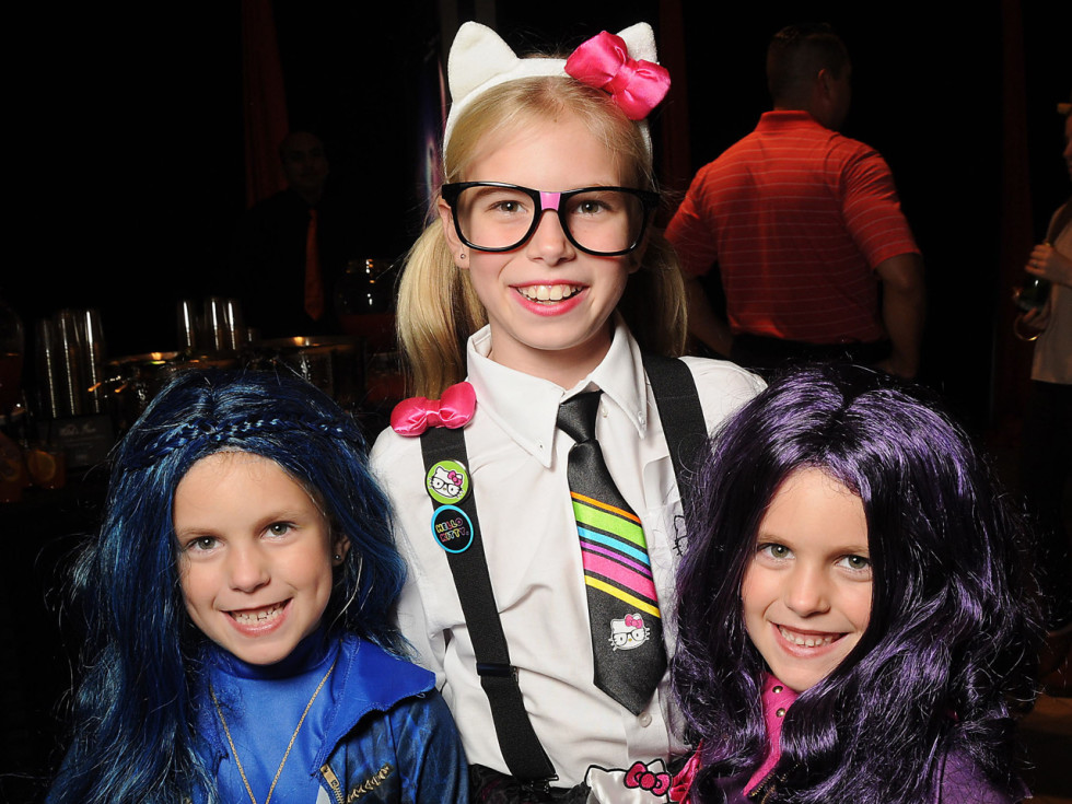 MD Anderson Halloween at the Galleria Kate, Blair and Kara Going
