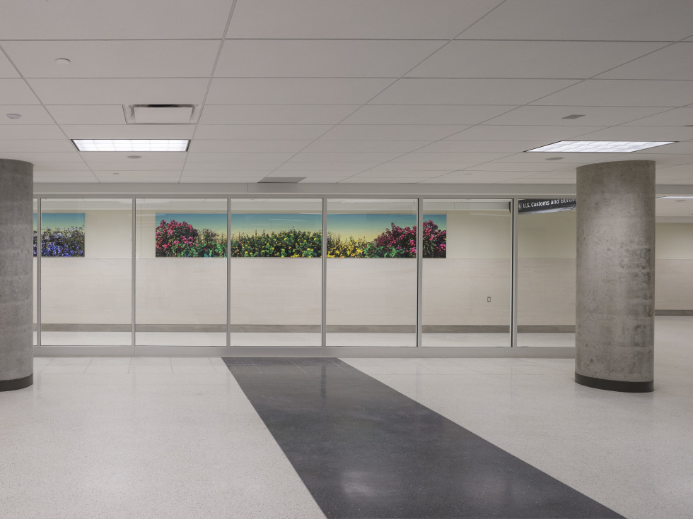 Hobby Airport art, Krista Birnbaum, Roadside Attraction
