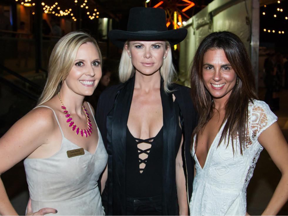 Lora Farris, Kristin Smith, Carla Rosenberg