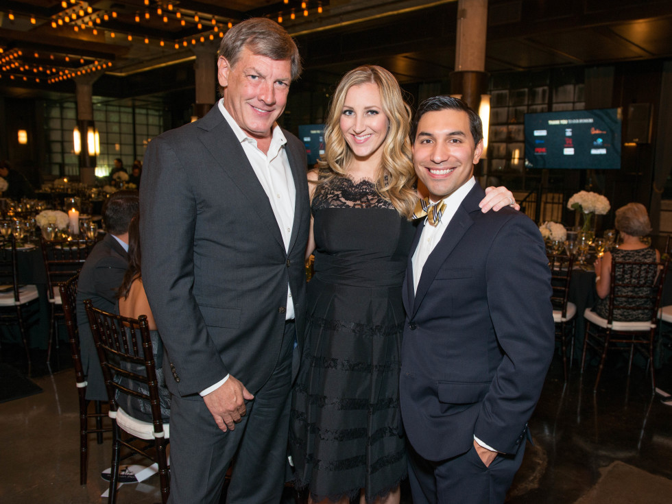 News, Shelby, Pet Set Gala, Sept. 2015, Neal Hamil, Sarah & Aaron Solis