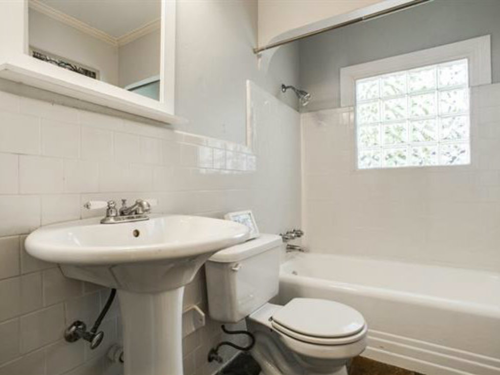 Guest bathroom at 6051 Penrose Ave. in Dallas