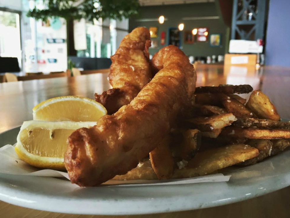 Black Star Co-op brewery pub Austin restaurant fish and chips plate 2015