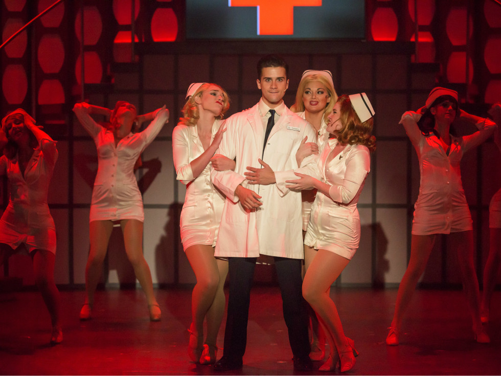 """""""Catch Me If You Can"""" at Uptown Players in Dallas"""