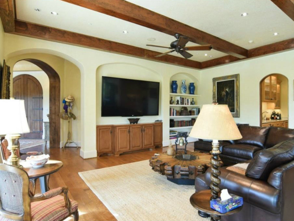 Living room at 12258 Creek Forest Dr. in Dallas