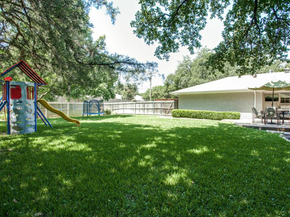 7316 Meadow Rd Dallas