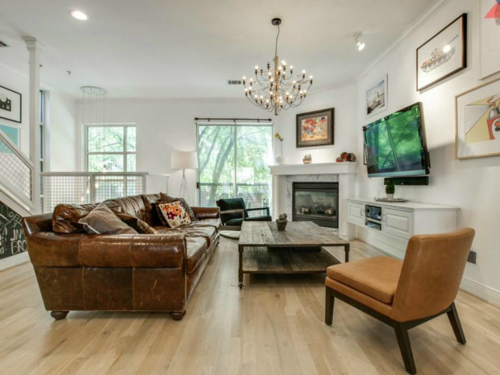 Living room at 3009 State St. in Dallas