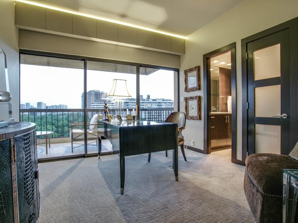 Office at 3831 Turtle Creek Blvd. in Dallas