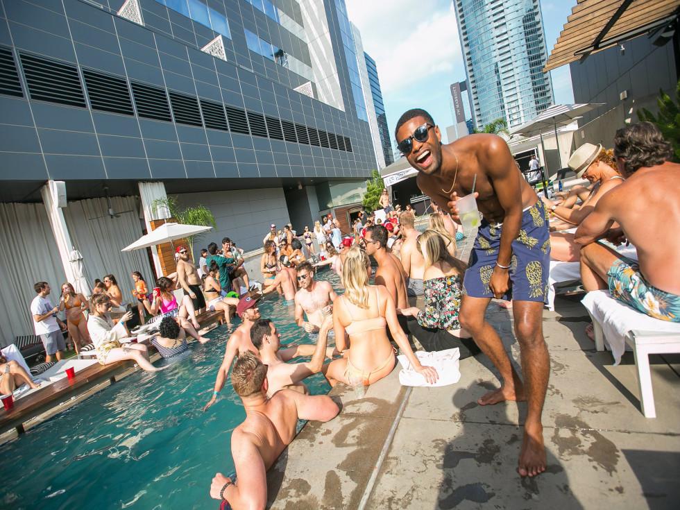 W Austin Hotel pool