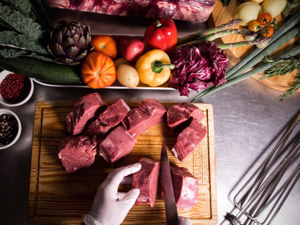 Avendia Brazil Tradicao raw steak