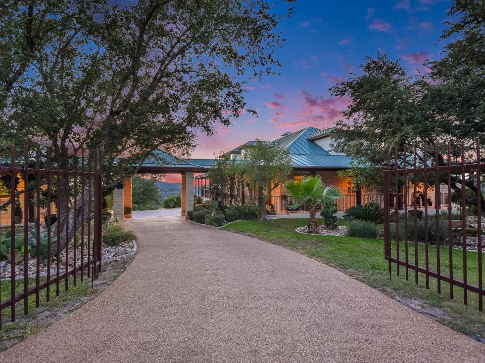 Austin house_17209 Majestic Ridge