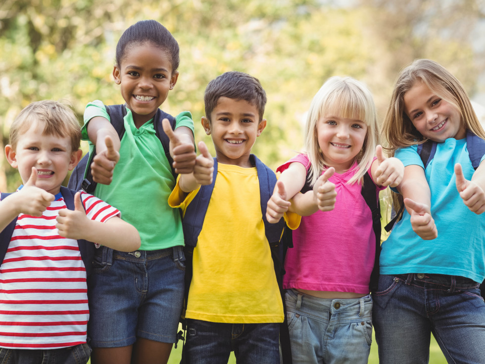 Kids giving thumbs-up