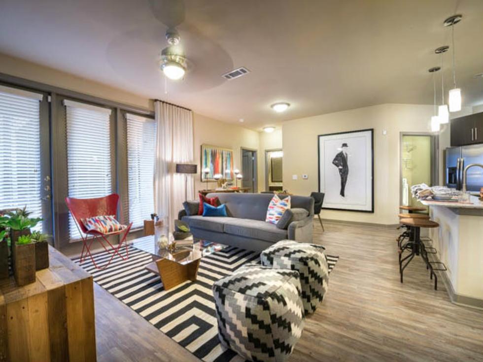 Elan City Lights Dallas apartments