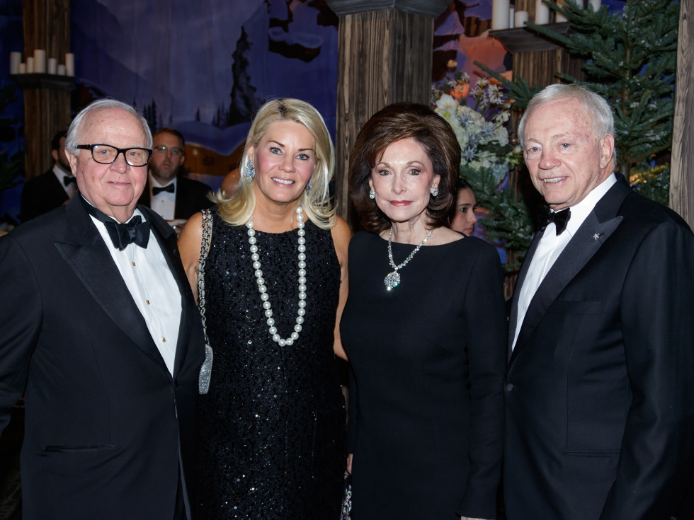 Gerald Ford, Kelli Ford, Gene Jones, Jerry Jones, Crystal Charity 2017