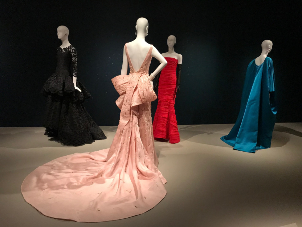 Taylor Swift Oscar de la Renta gown at Museum of Fine Arts Houston