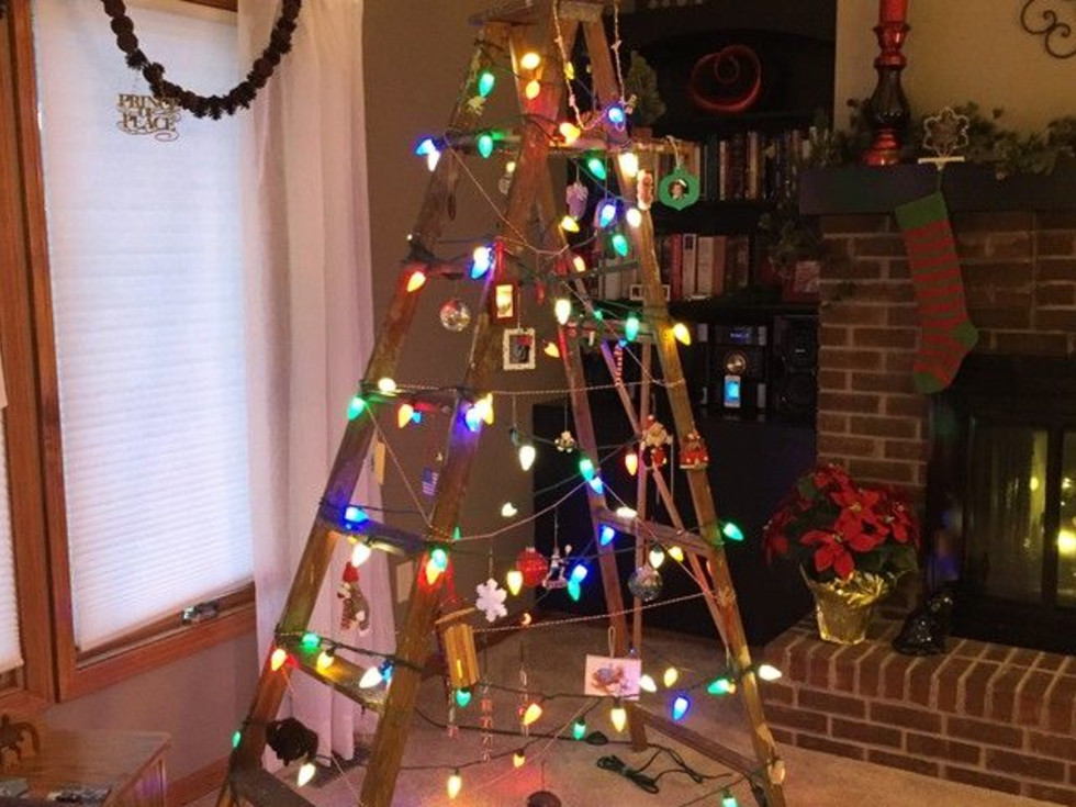 Minimalist Christmas tree ladder