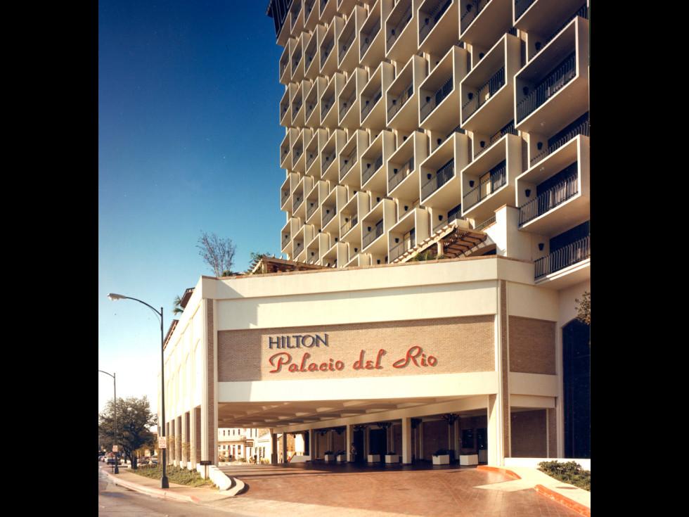 Hilton Palacio del Rio 1968 SA